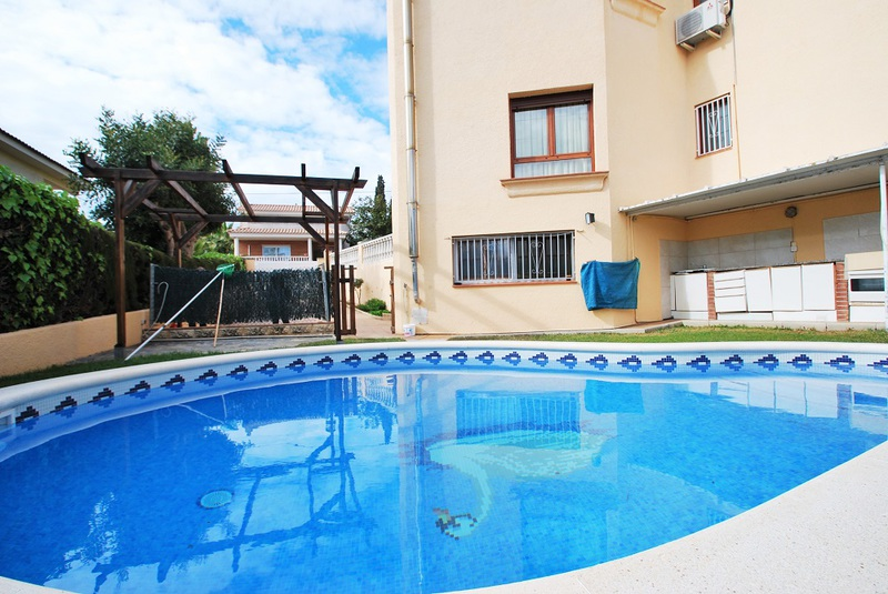 Rent Holiday Villa In Cunit Costa Dorada Private Pool